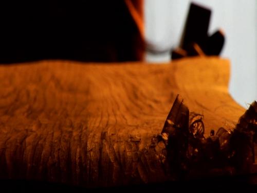 "Carving the ""Yukita"" noboard"